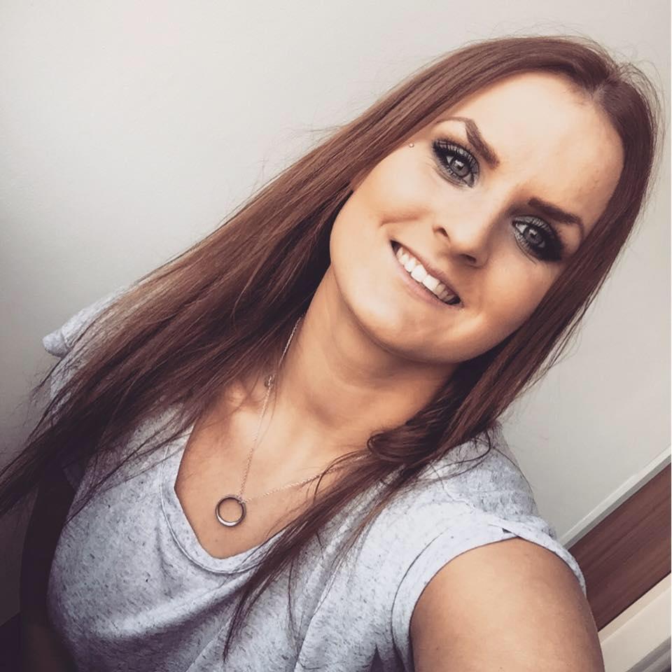 trinetheodora-selfie